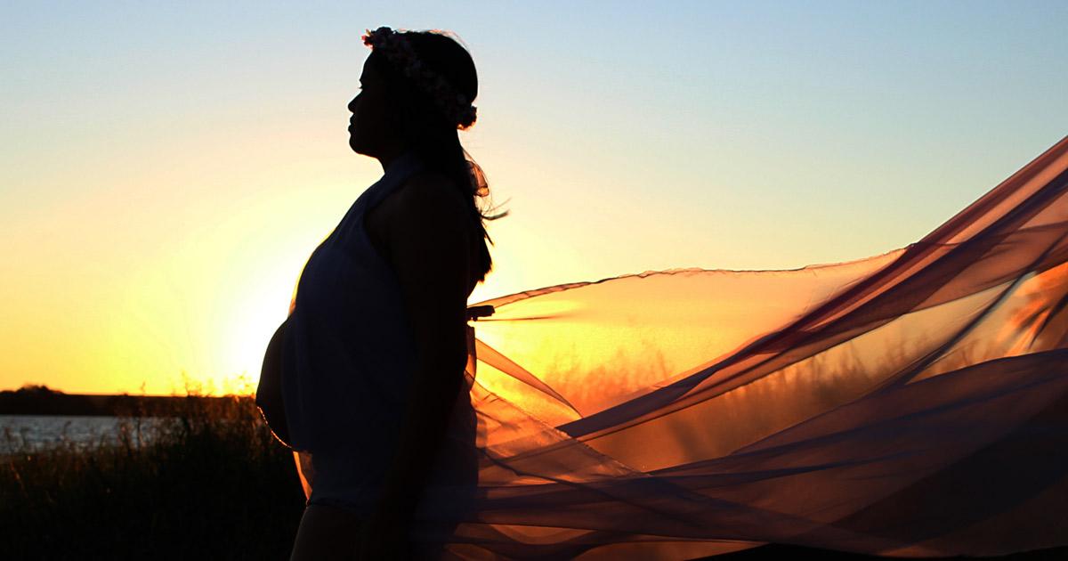 pregnant-woman-freedom