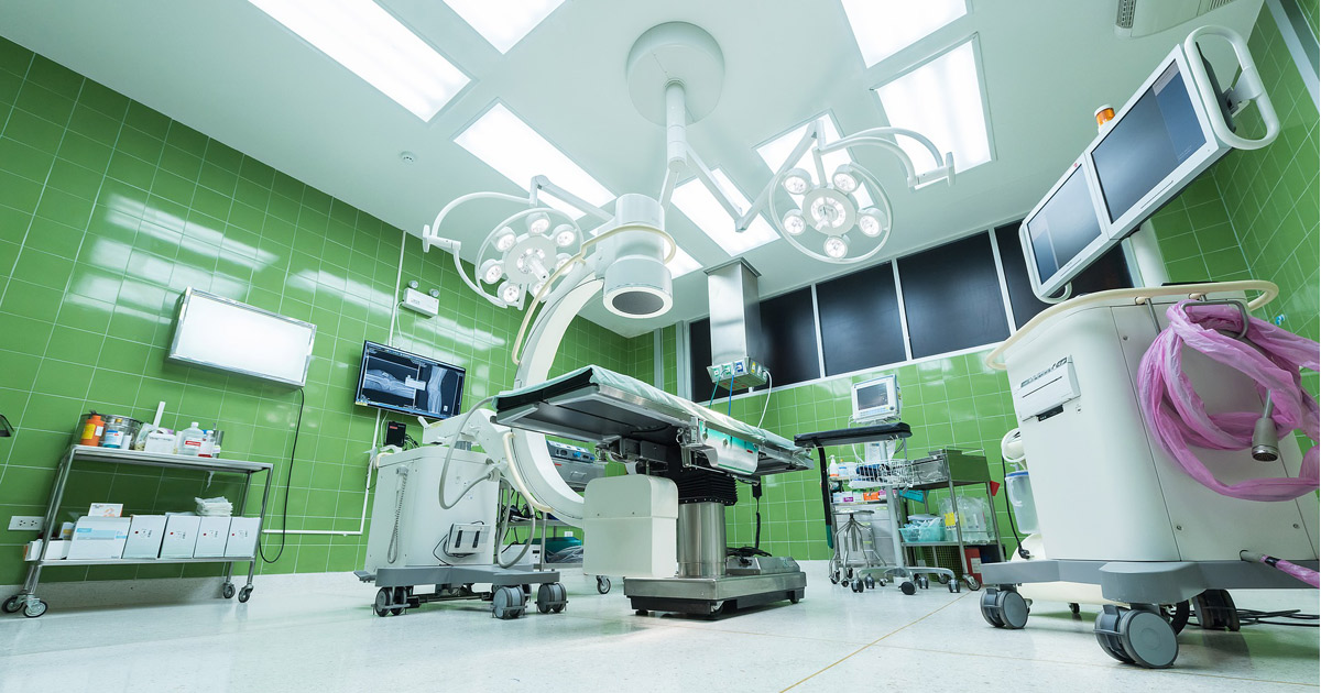 operatingroom-1822457_1920