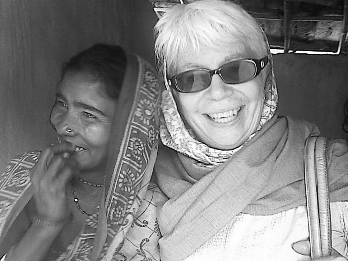 Burhi_(Tiloktama)with_Janet